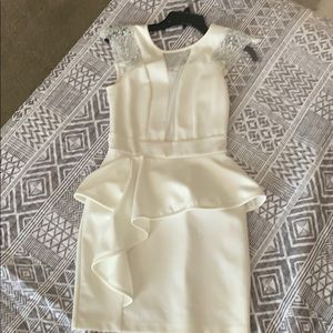 Perfect little dress for an all white party